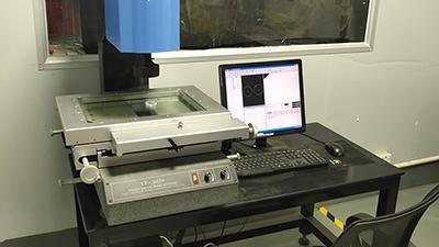 Two-dimensional measuring instrument